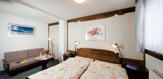 Standard double room Lagrev – Hotel Chesa Grischa in Sils-Baselgia