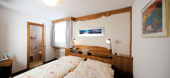 Standard double room Lagrev - Hotel Chesa Grischa in Sils-Baselgia