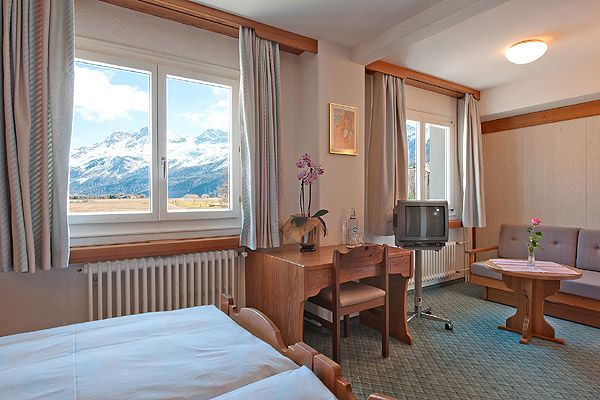 Superior double room Rosatsch – Hotel Chesa Grischa in Sils-Baselgia